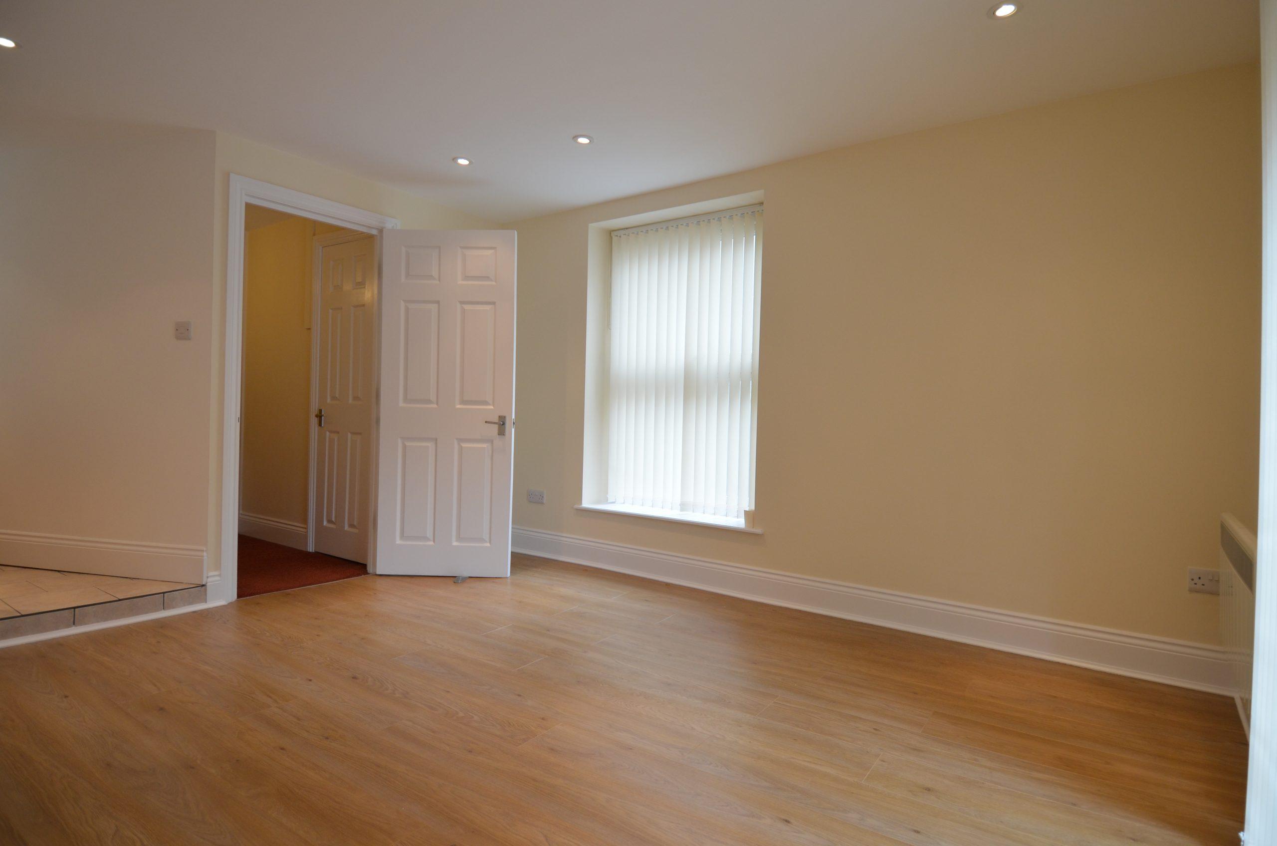 1 bedroom Flat Flat 3, 21 Market Street Torquay, TQ1 3AF